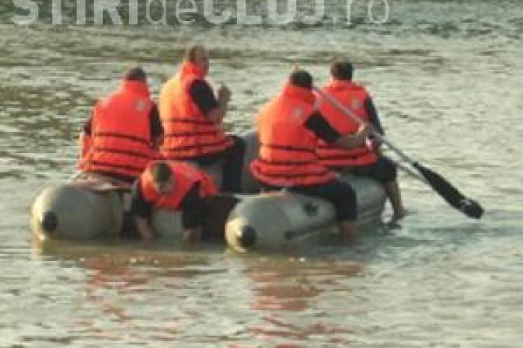Pompierii clujeni au găsit copilul înecat în Arieș