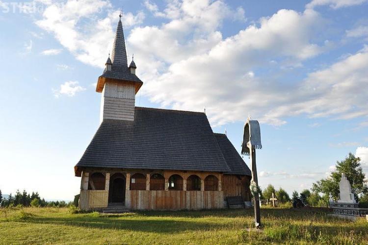 Biserica din Dealu Negru, comuna Călățele, a ars în întregime. Edificiul de cult data din 1765