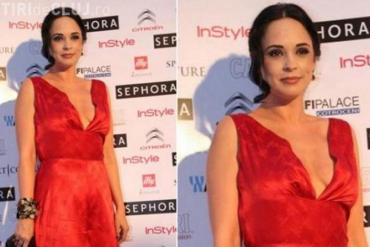 Andreea Marin Bănică, senzație într-o rochie roșie și un decolteu generos