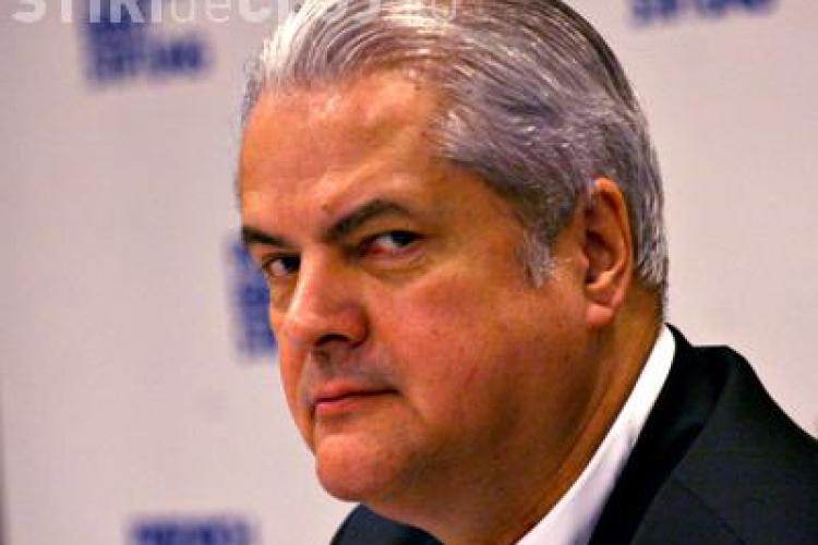 Cristian Tudor Popescu: Prin gestul său, Năstase invalidează actul justiției, fugind din fața lui cu glonțul