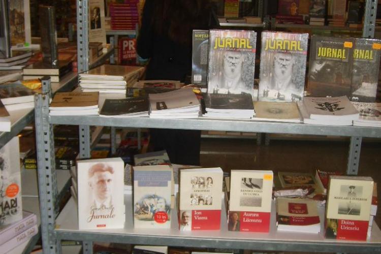 Caravana BookLand aduce la Iulius Mall din Cluj-Napoca peste 70 de edituri