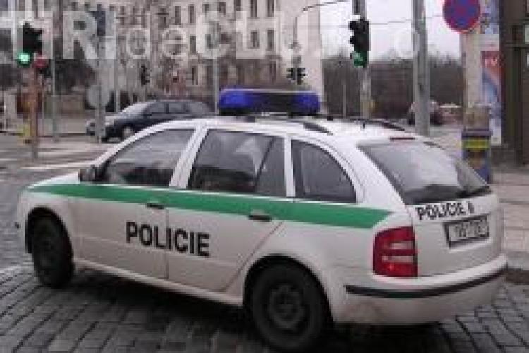 Trei romani, gasiti morti intr-un apartament din Cehia