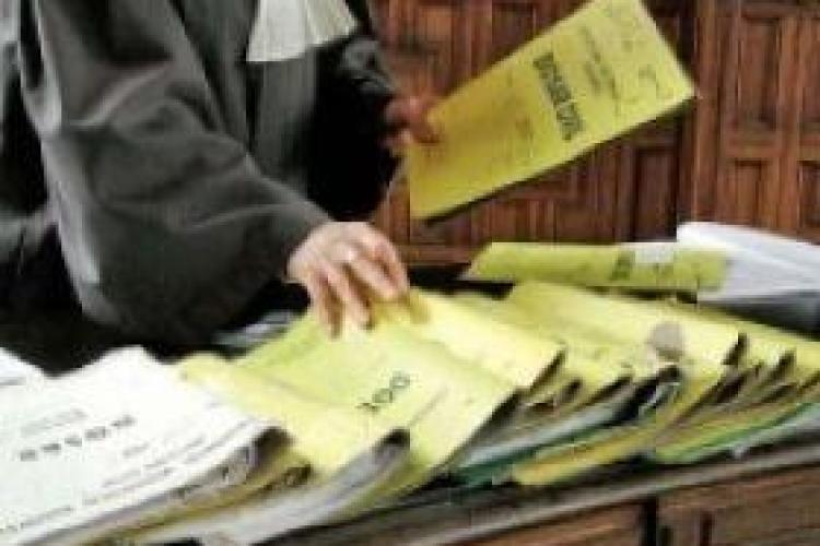Pensiile de 14.000 de lei ale magistratilor clujeni raman neatinse