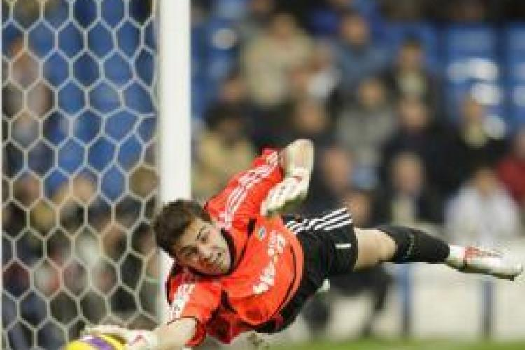 LIVE VIDEO SPANIA-PORTUGALIA 1-0 - VEZI golul lui David Villa