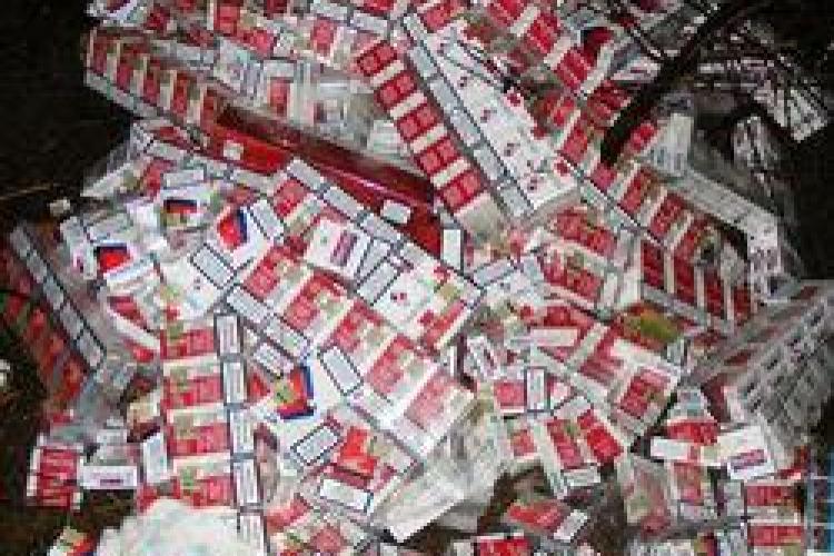 2.000 de pachete de tigari, confiscate la Dej de comisarii Garzii Financiare