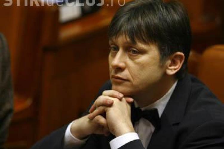 Crin Antonescu a anuntat ca PNL nu va sustine candidatura lui Laszlo Tokes la functia de vicepresedinte al Parlamentului European