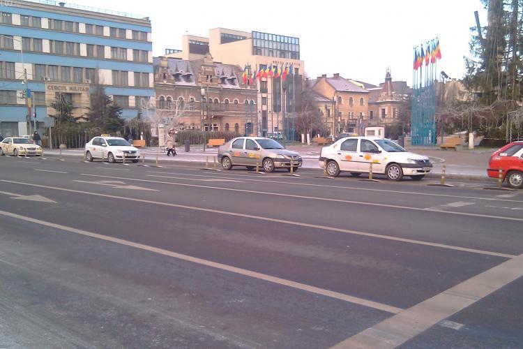 VIDEO: Accident in Piata Avram Iancu. Trei masini s-au tamponat si o femeie este ranita