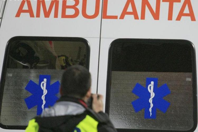 Accident grav in Campia Turzii. Un copil de 7 ani a fost lovit de un autoturism