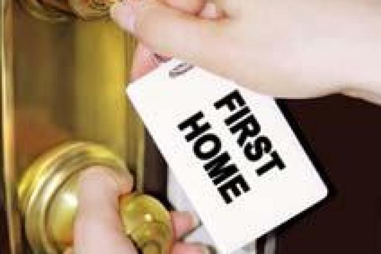 Notarii vor sa reduca onorariile pentru tranzactiile facute prin programul Prima casa