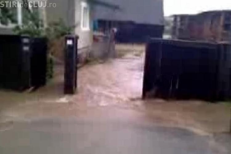 Inundatii in comuna Sic. 17 persoane au fost evacuate