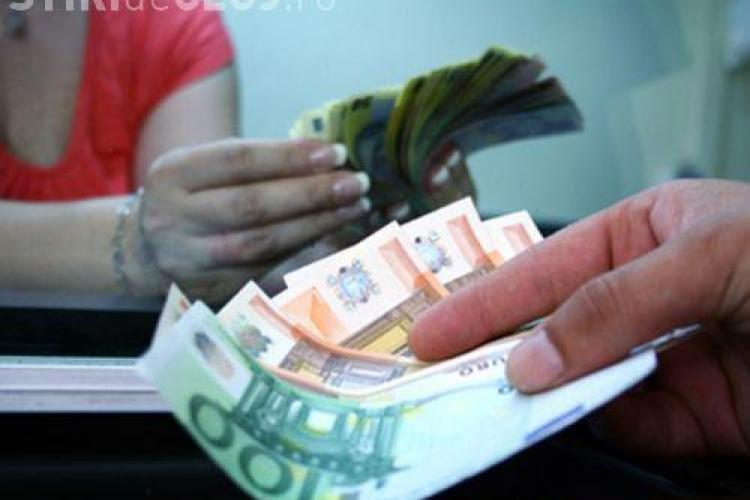 Leul s-a depreciat la minimul ultimelor 5 luni fata de un euro slabit la randul sau.