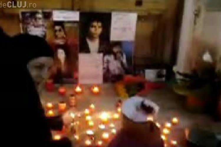VIDEO - Priveghi Michael Jackson la Cluj pe muzica si dansurile Regelui, in fata Teatrului National