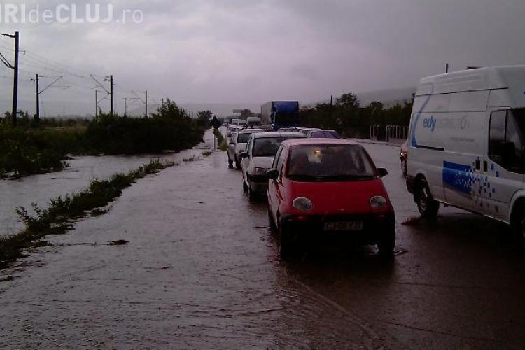 11 Drumuri Judetene din Cluj au fost avariate de inundatii. Pagube de zeci de milioane de lei