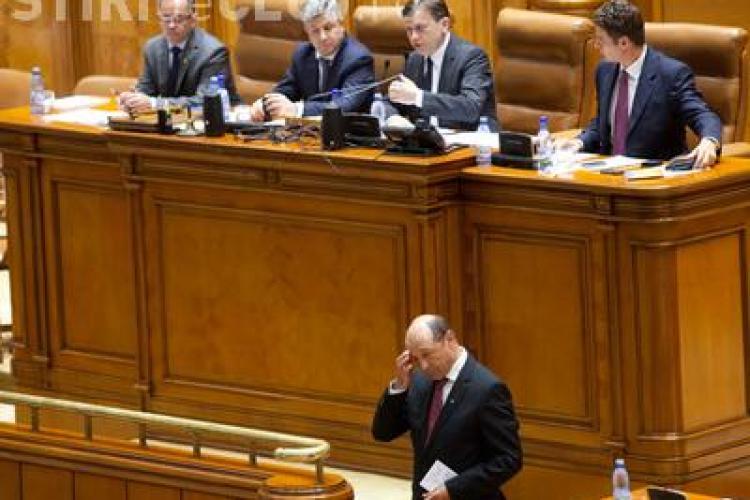 Ce scrie PRESA INTERNAŢIONALĂ despre SUSPENDAREA lui Băsescu