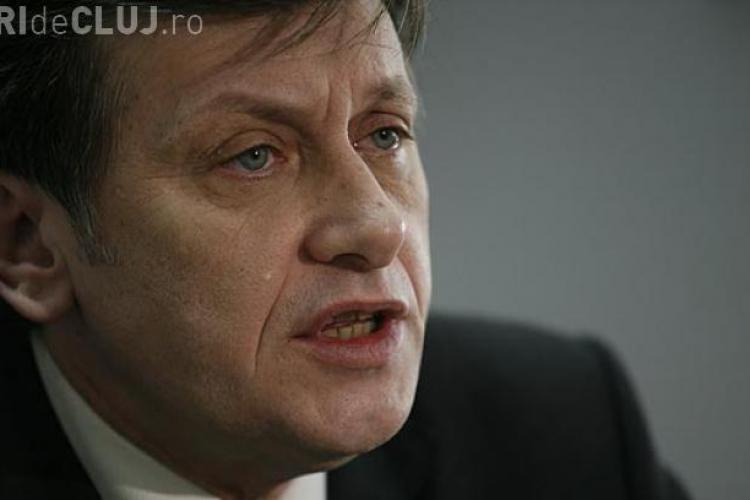 Antonescu: Dacă Băsescu nu e demis la referendum, ma retrag definitiv din viaţa politică