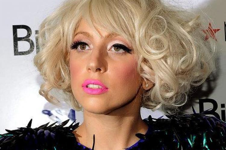 Lady Gaga a fost dată în judecată de un fabricant de păpuși