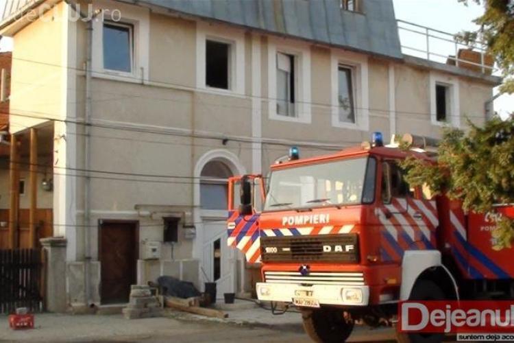 Incendiu la o pizzerie din Dej VIDEO