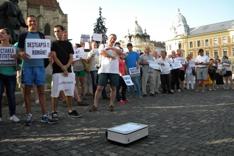 """Flash mob în Piața Unirii, joi, de la 18.40: """"Maturăm mizeria din politica românească"""""""