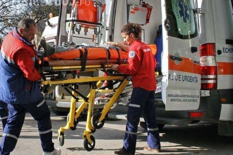 Accident pe Alexandru Vlahuță! Un bătrân de 68 de ani a fost lovit de un autobuz