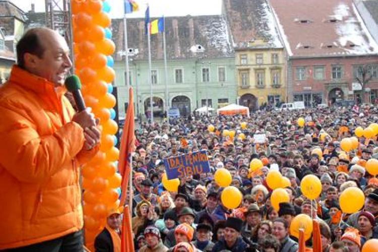 Nicoară: Băsescu aduce la miting oameni din toată țara. Cezar Preda, ironic: Chiar si cosmonauți vom aduce