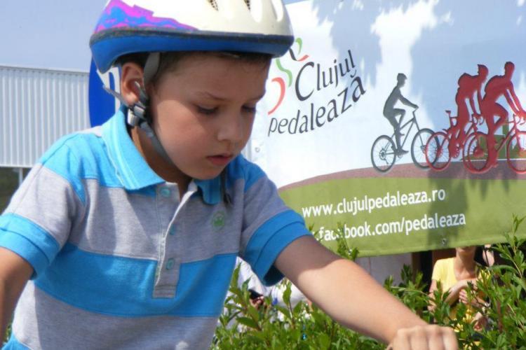 Concurs de ciclism în Florești