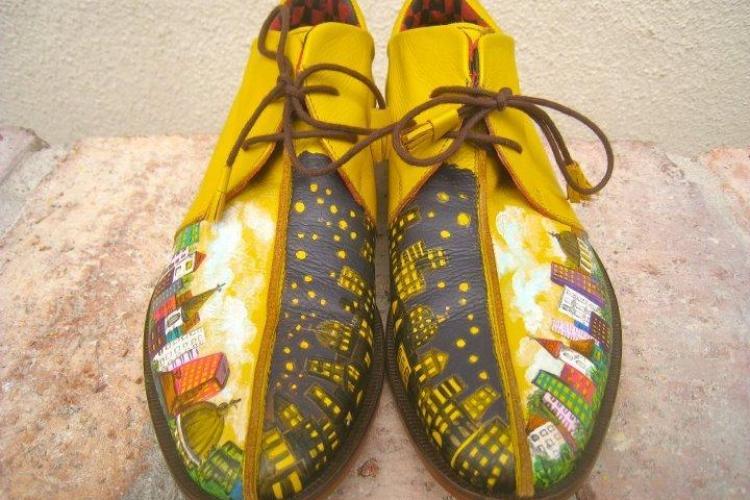 Pantofi bărbăteşti PICTAŢI, produși la Cluj de doi designeri. Ei vor să cucerească lumea modei! FOTO