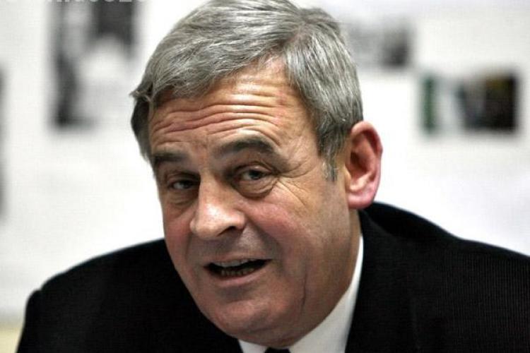 Laszlo Tokes: Maghiarii nu sunt pasivi. Au dat la referendum un vot negativ complotului USL