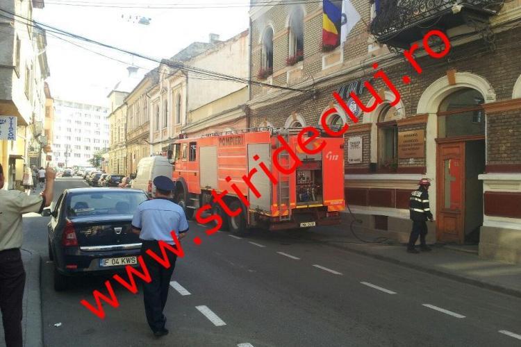 Incendiu la sediul UMF Cluj de pe Emil Isac FOTO și VIDEO