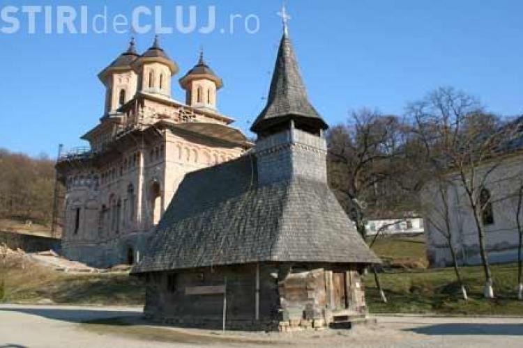 Transport gratuit la Mănăstirea Nicula pentru pensionarii clujeni