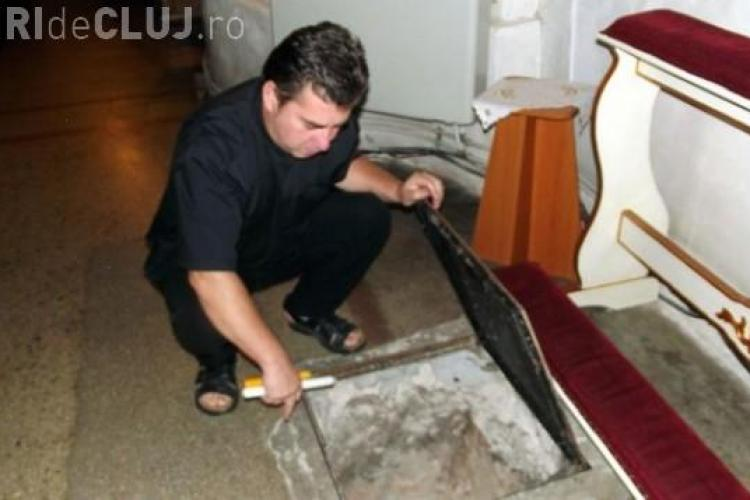 """Cripta de sub biserica """"Schimbarea la Față"""" poate fi vizitată FOTO"""