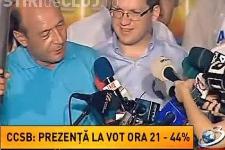 Băsescu a donat flacăra democrației postului Antena 3 VIDEO