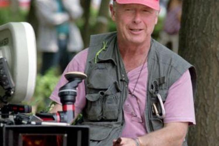 S-a sinucis Tony Scott, regizorul filmului TOP GUN