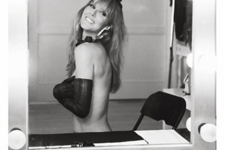 Celine Dion, pictorial tolpess și în bikini la 44 de ani FOTO