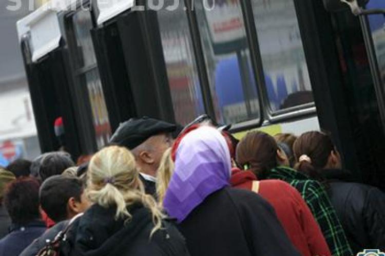 Pensionarii clujeni din cadrul Primăriei pleacă miercuri la Mănăstirea Nicula, gratuit