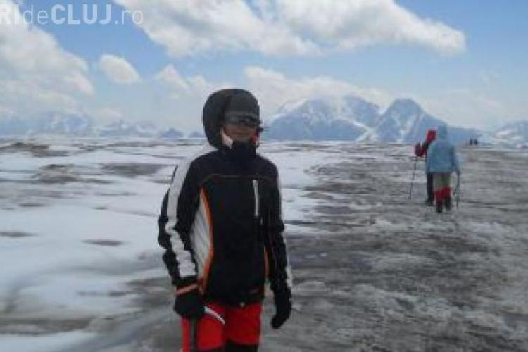 La 15 ani a cucerit cel mai înalt vulcan din Europa