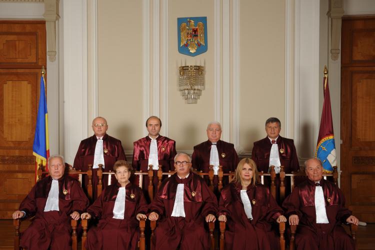 Curtea Constituțională acuză că instituția este DEFĂIMATĂ