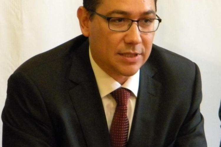 Victor Ponta: Băsescu mi-a băgat cuţitul pe la spate