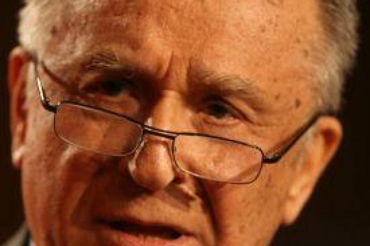 Atacul DUR al lui Iliescu, pe blog: Haite de procurori dau năvală peste oameni în case