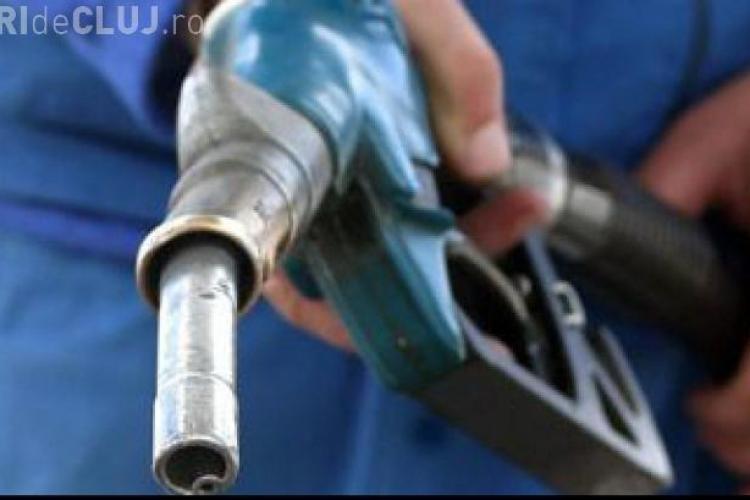 OMV a scumpit carburanţii cu 9 bani/litru