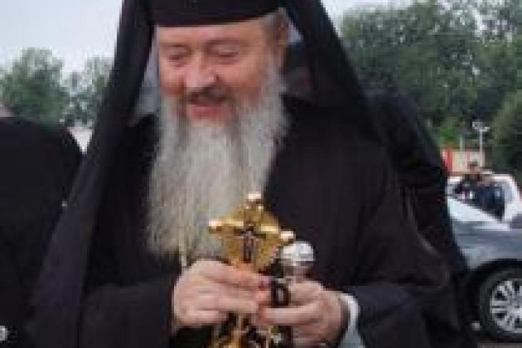 Mitropolitul Clujului IPS Andrei Andreicuţ: Trebuie să ne trăim viaţa în linişte, în spovedanie, post şi fapte bune