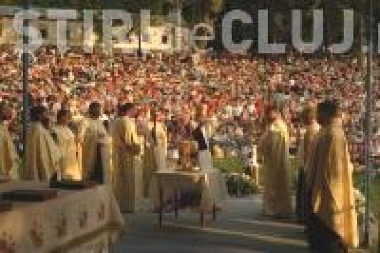 Programul slujbelor de miercuri de la Hramul Mănăstirii Nicula - Sărbătoarea Adormirea Maicii Domnului