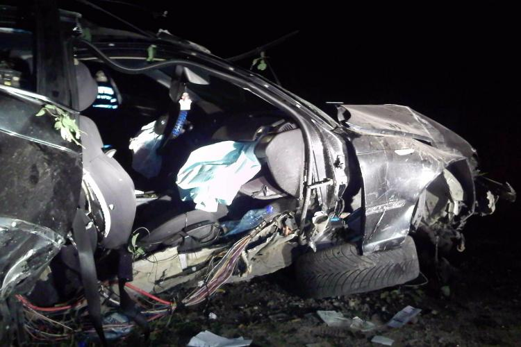 Accident la Dâmbu Mare! Un BMW s-a facut PRAF, iar șoferul s-a dat în spectacol