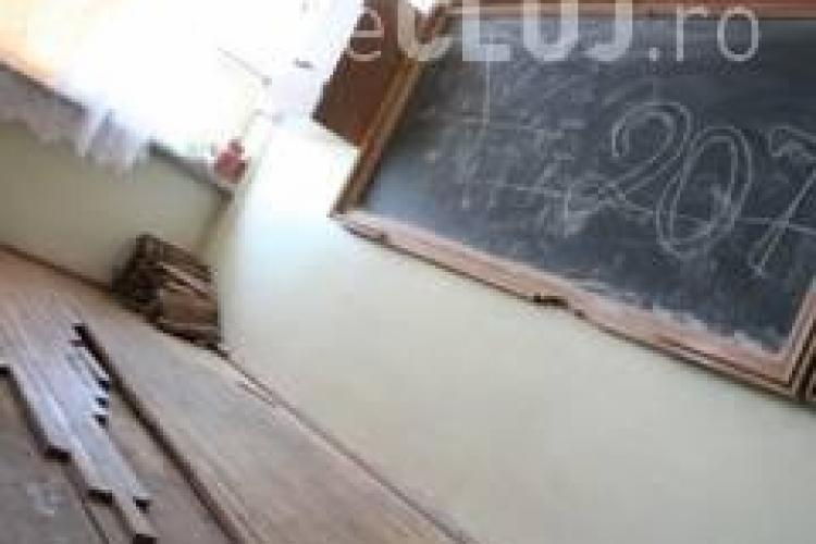 CLUJ: Şcoala începe, iar unităţile şcolare NU au autorizaţii sanitare de funcţionare