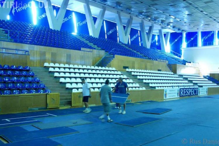 Cupa Davis la Cluj: Meciurile se joacă pe suprafață albastră VEZI FOTO