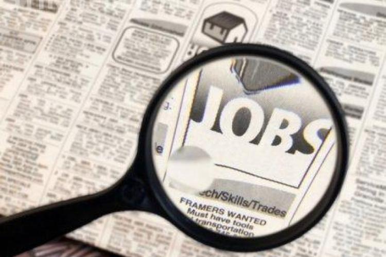 Cum să îţi cauţi un job, fără să aştepţi după anunţurile de angajare!