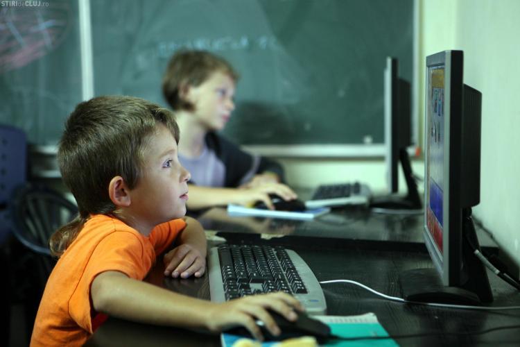 1,3 milioane de persoane informate despre abandonul şcolar şi părăsirea timpurie a şcolii