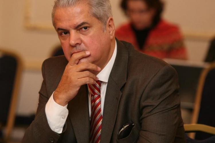"""Năstase a scris un editorial din înschisoare: """"Băsescu şi Macovei au gândit un plan diabolic"""""""