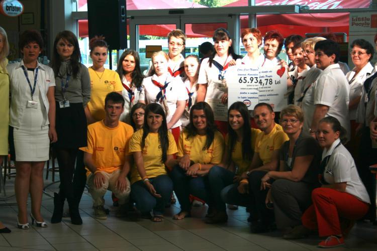 Clujenii au reacţionat: Asociatia Little People Romania a primit bani pentru a-i ajuta pe copiii bolnavi de cancer
