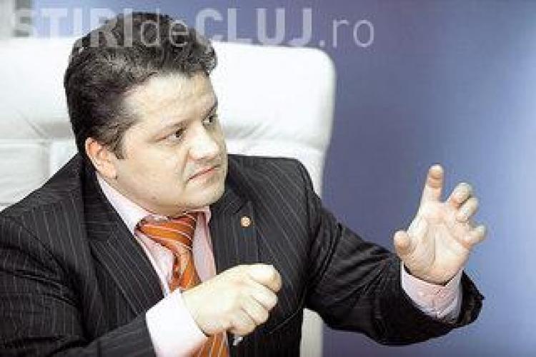 Ştefan Vuza vrea să cumpere Oltchim