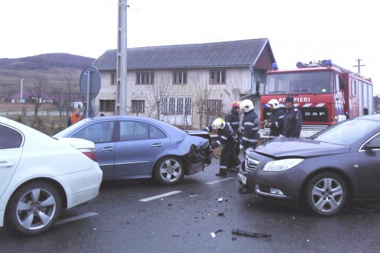 Accident în Piaţa Abator cu 3 victime